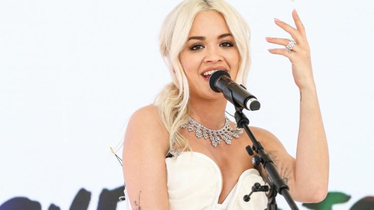 Rita Ora weiß sich nicht nur auf der Bühne, sondern auch bei Instagram sexy in Szene zu setzen - sehr zur Freude ihrer Fans.