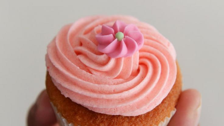 Eine 16-jährige Schülerin wehrt sich mit vermeintlich leckeren Cupcakes für jahrelanges Mobbing an ihren Mitschülern. Die Geheimzutat: Sperma.