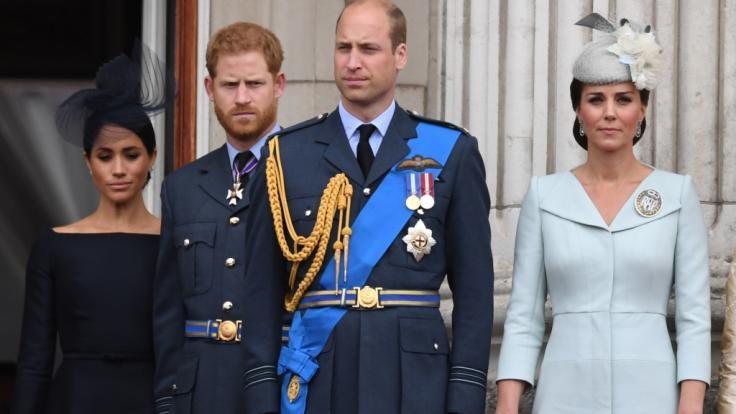 Die Prinzen Harry und William werden bei der Beisetzung von Prinz Philip nicht Seite an Seite um ihren verstorbenen Großvater trauern. (Foto)