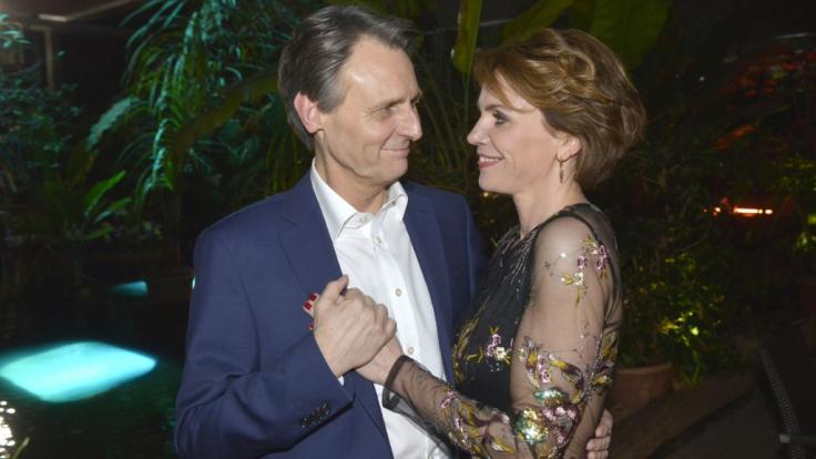 Jo Gerner und Yvonne schwelgen in Singapur im Liebesglück.