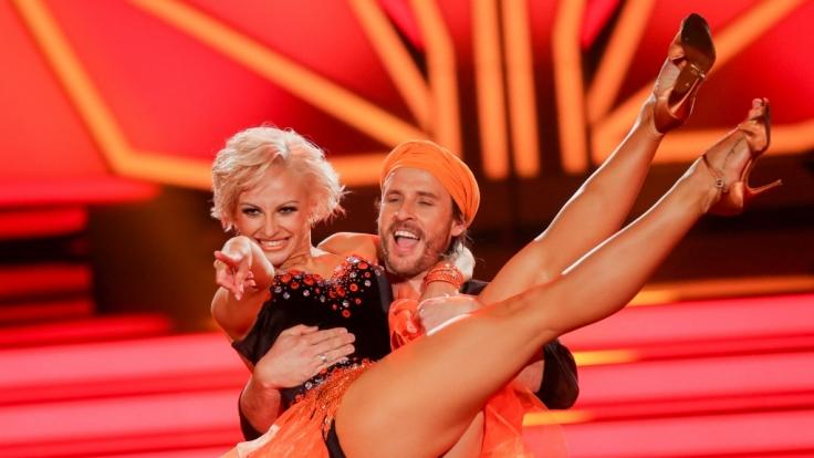 """In der 11. Staffel von """"Let's Dance"""" tanzt TV-Koch Chakall mit Profitänzerin Marta Arndt. (Foto)"""