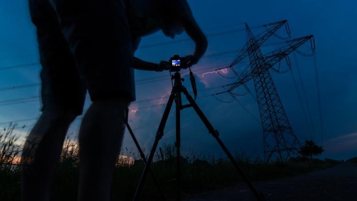 Mit ein paar Tipps und Tricks ist das Fotografieren von Blitzen kinderleicht.