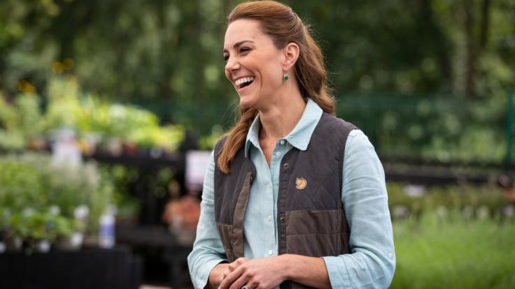 Wie anstrengend ihre Kinder sein können, enthüllte Herzogin Kate Middleton in den Royal-News.