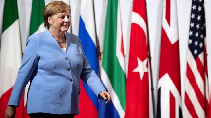 Zum Start des G20-Gipfels in Japan wirkte die Kanzlerin gefasst. (Foto)