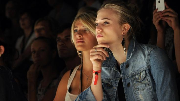 Sarina Nowak (links) ist als Curvy-Model erfolgreich.