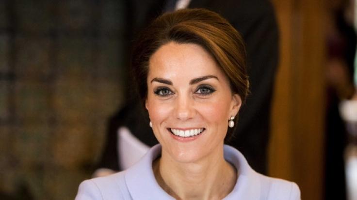Herzogin Kate ist von Meghan Markle offenbar höchst angetan und soll Insidern zufolge alles tun, um Prinz Harrys Freundin im britischen Königshaus willkommen zu heißen. (Foto)