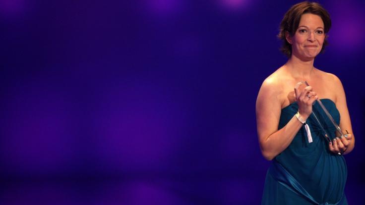 """Anna Planken war schwanger, als sie 2012 beim Deutschen Fernsehpreis dieAuszeichnung in der Kategorie """"Bestes Frühstücksfernsehen"""" entgegennahm. (Foto)"""