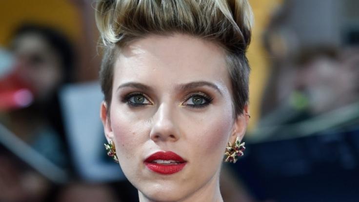 Scarlett Johansson ist aktuell neben George Clooney in dem Kinofilm
