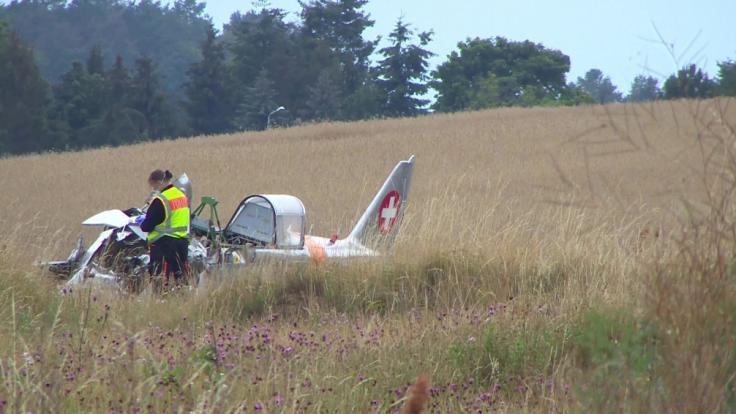 Beim Absturz eines Kleinflugzeugs auf der Insel Usedom ist ein 57 Jahre alter Mann ums Leben gekommen. (Foto)