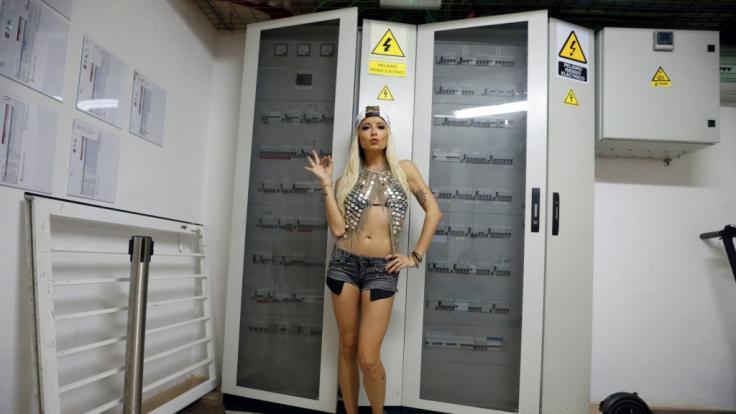 Mia Julia Brückner geizt nicht mit ihren Reizen. (Foto)