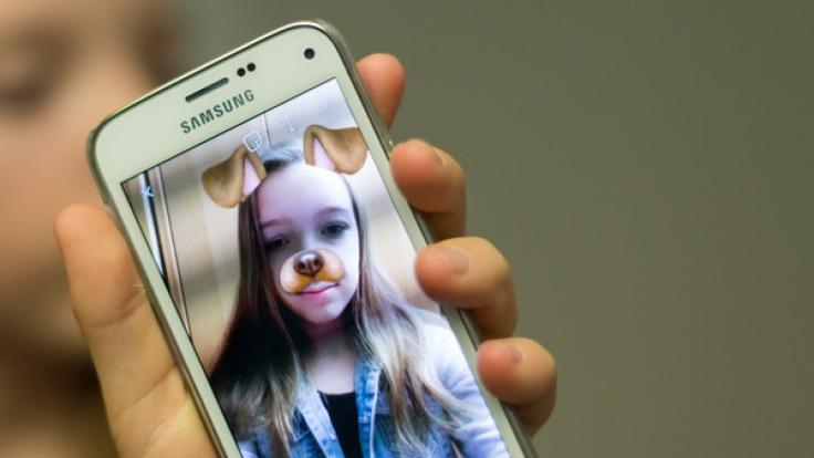 Aldi Nord lockt derzeit mit einem günstigen Samsung Galaxy A3 Kunden in die Filialen.
