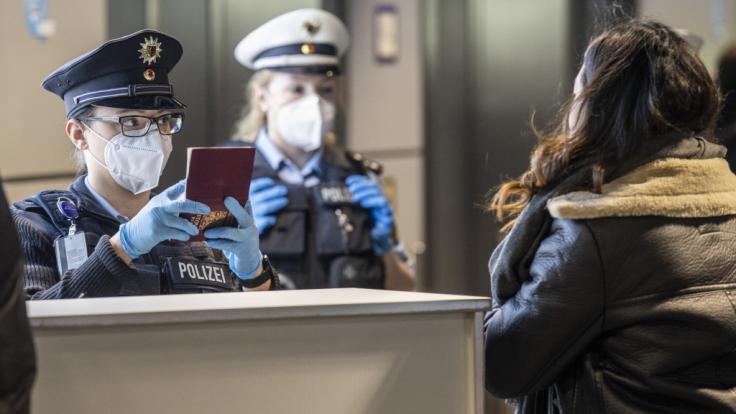 Deutschland will die Einführung von Einreiseverboten aus Hochrisikoländern schnellstmöglich durchdrücken, um die Ausbreitung von Coronavirus-Mutationen einzudämmen. (Foto)