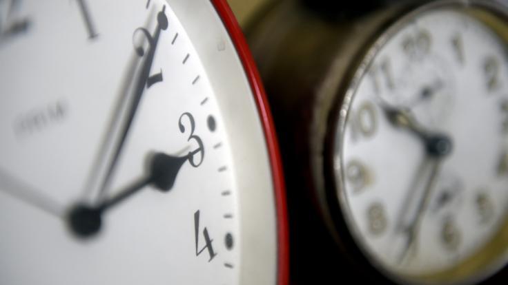 Das Ende des Hin und Hers bei der Zeit rückt näher. (Foto)