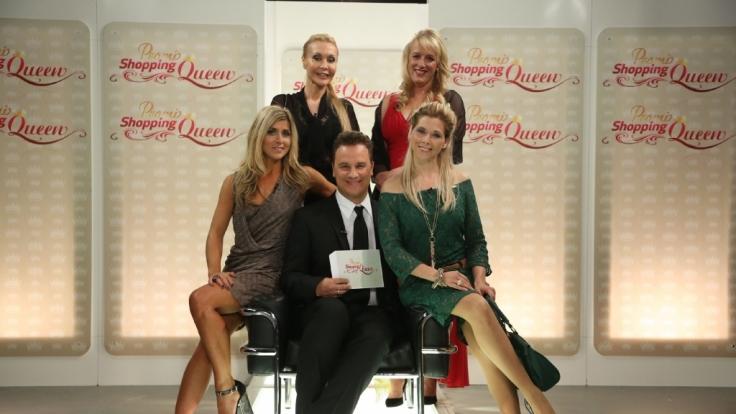 V.l.: Panagiota Petridou, Dolly Buster, Guido Maria Kretschmer, Andrea Göpel, Tanja Szewczenko. (Foto)