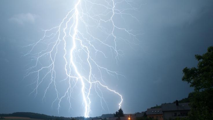 In Florida wurde eine Schwangere vom Blitz getroffen.