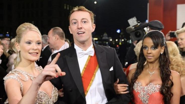 Beim Wiener Opernball 2014 war die Welt noch in Ordnung, als Prinz Mario-Max zu Schaumburg-Lippe mit Freundin Kat von Boe (links) auftrat.