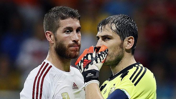 Gegen die Niederlande demontiert: Sergio Ramos und Iker Casillas sind die Gesichter der 1:5-Pleite.