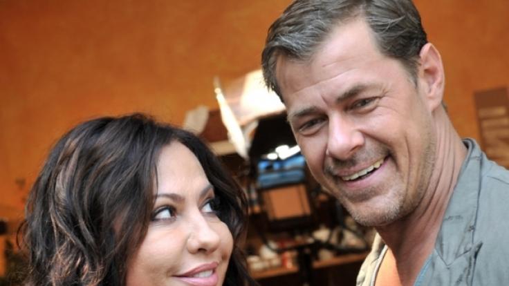 Simone Thomalla zusammen mit Sven Martinek. (Foto)