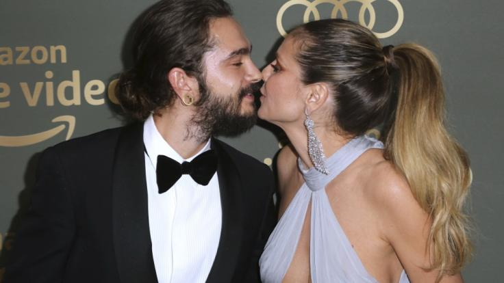 """Tom Kaulitz und Heidi Klum küssen sich bei den """"Golden Globes"""" im Januar 2019. (Foto)"""