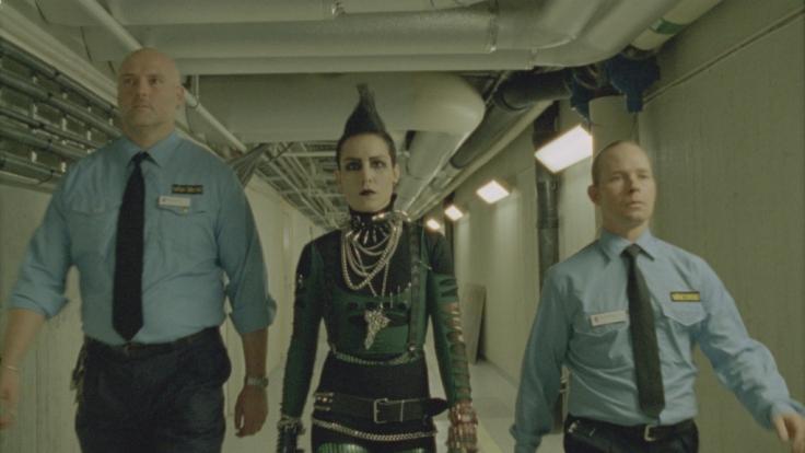 """Lisbeth Salander (Noomi Rapace) sinnt in """"Stieg Larsson: Vergebung"""" auf Rache. (Foto)"""
