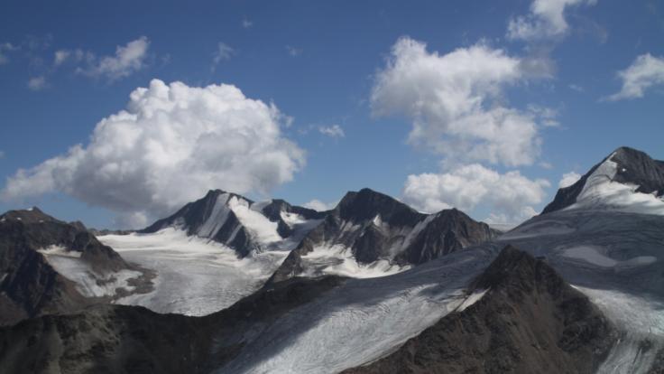 Für die beiden Bergsteigerinnen in den Alpen kam jede Hilfe zu spät. (Foto)