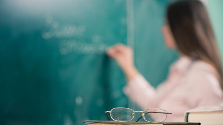 Die Lehrerin setzte den Schüler psychisch unter Druck, als er die Beziehung beenden wollte. (Foto)