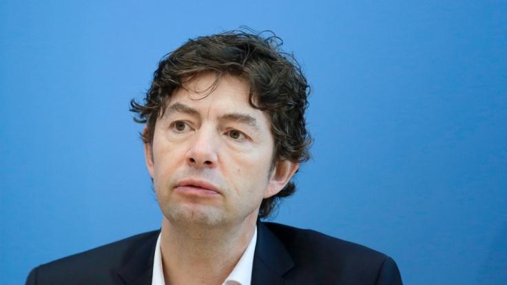 Christian Drosten warnt davor, die Corona-Maßnahmen zu früh zu lockern. (Foto)