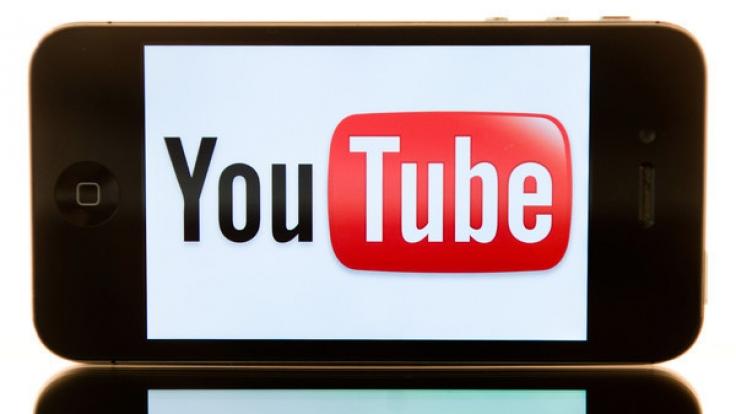 Die Auto-Vervollständigung bei Youtube gab Tipps zu Sex mit Kindern.