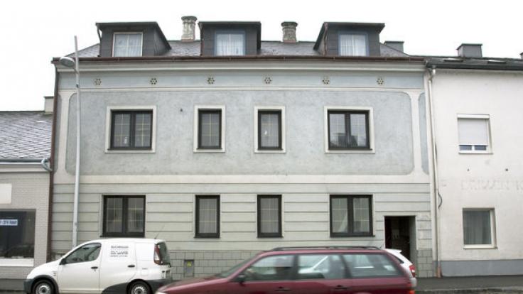 Das Haus, in dem Josef Fritzl seine Tochter jahrelang gefangen hielt, wird vermietet (Archivbild).