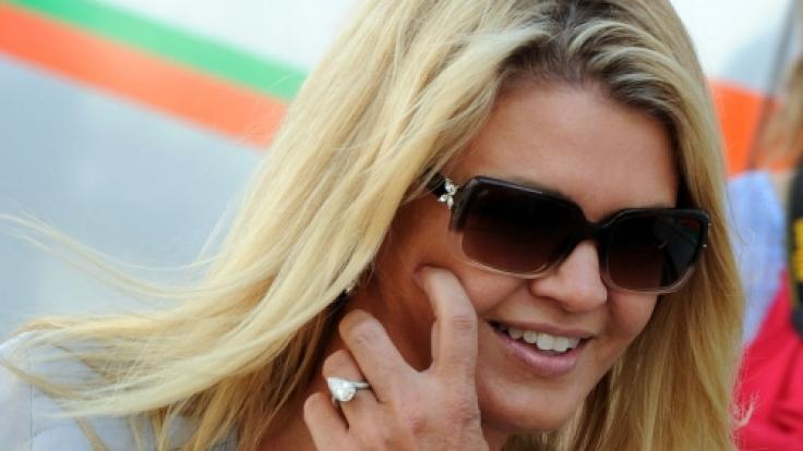 Corinna Schumacher auf der Rennstrecke.