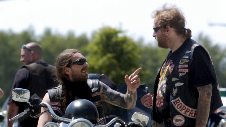 Hells Angels brauchen Motorräder, Straße, ihre Kutte und den richtigen Sound.