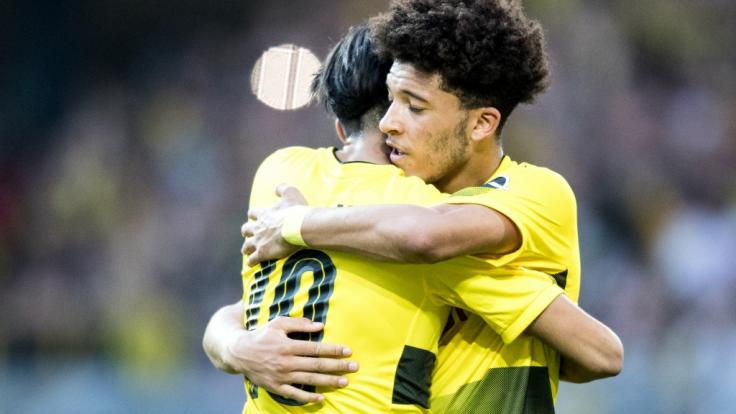 Mahmoud Dahoud (l) und Jadon Sancho stehen im Kader von Borussia Dortmund für das Testspiel beim Los Angeles FC. (Foto)