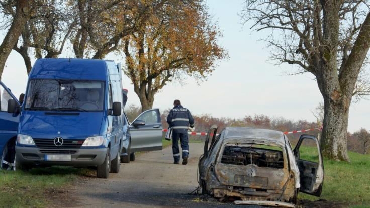 Ein Mann soll in Gerabronn seine getrennt lebende Ehefrau in ein Auto gesperrt und das Fahrzeug angezündet haben. Die 45-Jährige starb. (Foto)