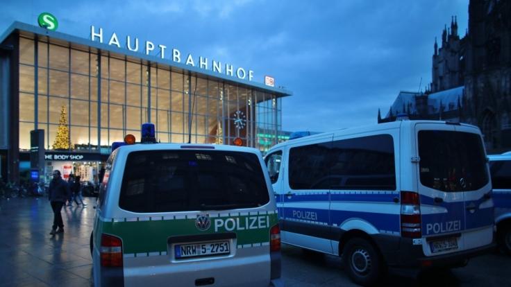 Polizei nach Übergriffen in der Kritik: Erhöhtes Sicherheitsaufkommen in Zukunft.