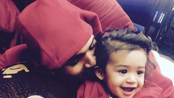 Chris Brown zeigt stolz seine Tochter auf Instagram. (Foto)