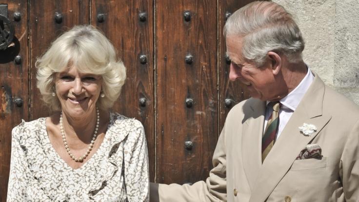 Herzogin Camilla Parker Bowles könnte zu Weihnachten eine wichtige Funktion als Vermittlerin in der royalen Familie zukommen. (Foto)