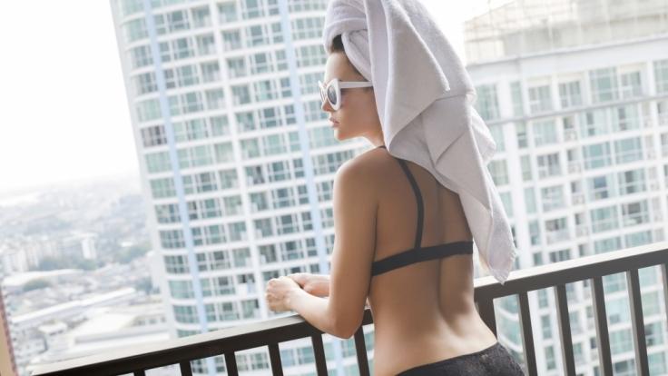 Drew Careys ehemalige Verlobte Amie Harwick ist von ihrem Ex-Freund vom Balkon gestürzt worden. (Symbolfoto)