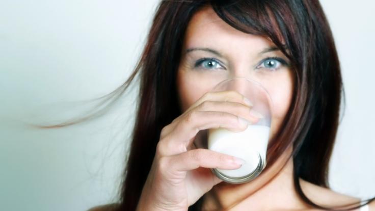Sich schön und gesund trinken ist nicht schwer - der Zaubertrank aus der Natur heißt Kokoswasser. (Foto)