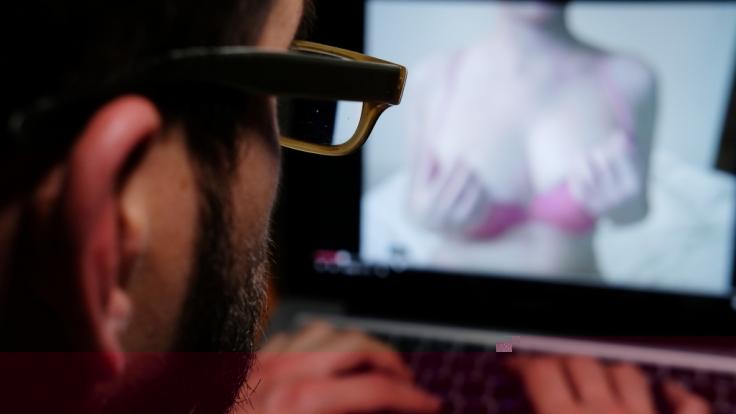 Den Konsum von Hardcore-Pornos musste ein Mann aus den USA mit dem Leben bezahlen (Symbolfoto). (Foto)