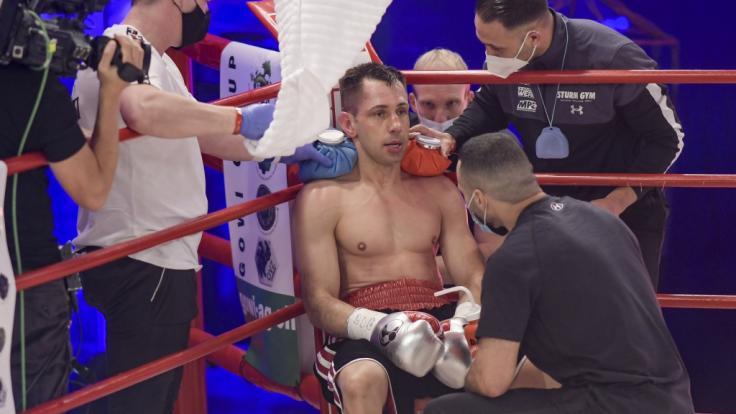 Felix Sturm in einer Ringpause: Macht der Box-Rentner gegen Vincent Feigenbutz sein Comeback perfekt? (Foto)