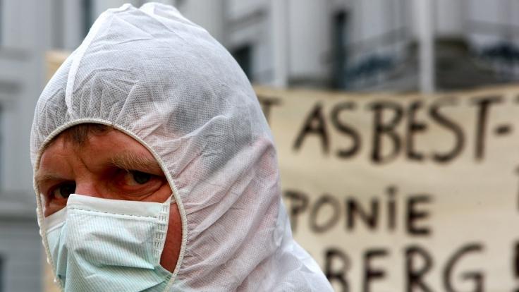 Fußball-Asbest-Alarm in Kasachstan. (Foto)