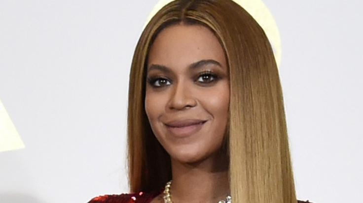 Beyoncé lässt im Netz ganz schön tief blicken. (Foto)