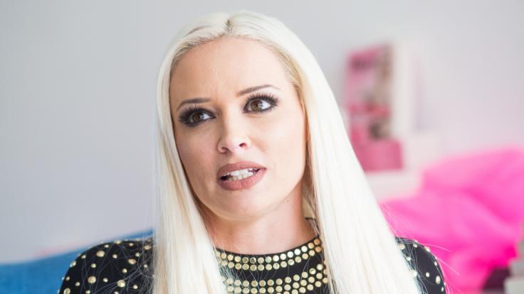 Daniela Katzenberger kümmert sich rührend um ihren Schwiegervater Costa Cordalis.