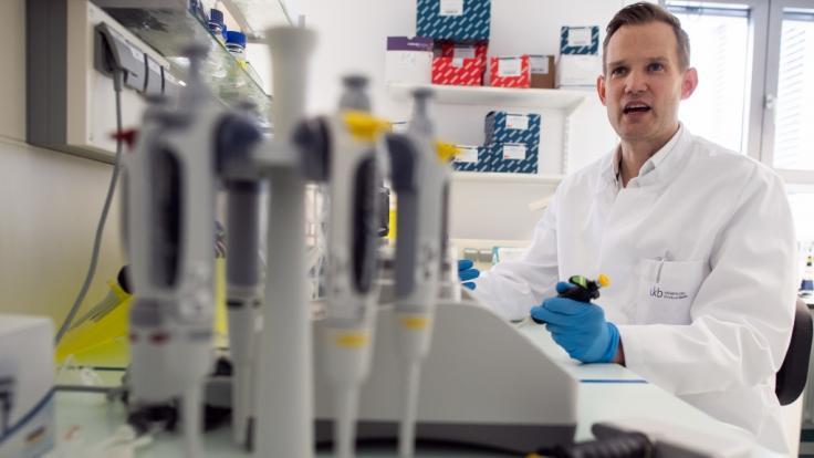 Hendrik Streeck, Bodo Ramelow und Co. schockierten mit haarsträubenden Corona-HIV-Vergleichen. (Foto)