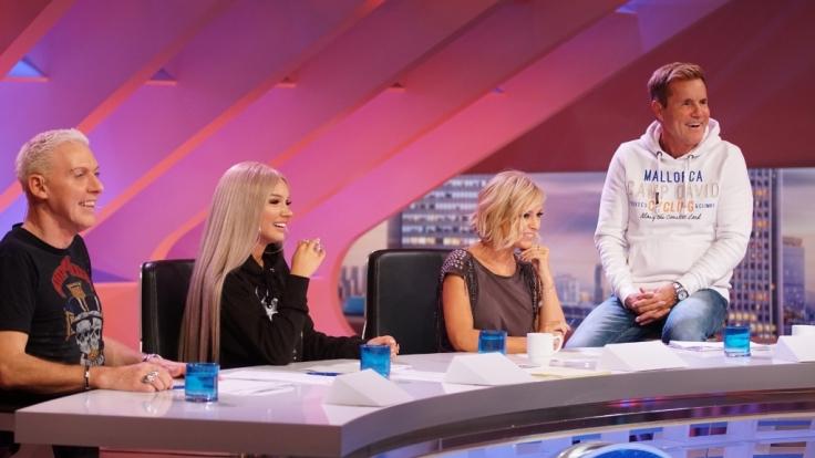 In der zweiten Show stellten sich neue Kandidaten den Juroren H.P. Baxxter, Shirin David, Michelle und Dieter Bohlen (von links).
