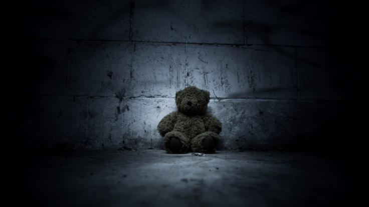 In Indien wurde ein 8 Jahre altes Mädchen von 16 Männern vergewaltigt. (Symbolbild)