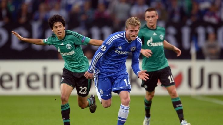 Wer Chelsea gegen Schalke live schauen will, muss in die Sky-Kneipe gehen - oder illegal streamen.