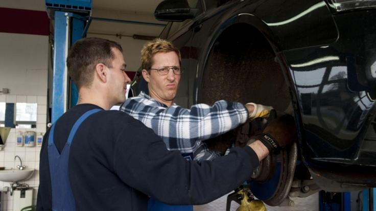 Als Christian Brandt ist Stefan Kulas heimlich in seinem Unternehmen tätig. (Foto)