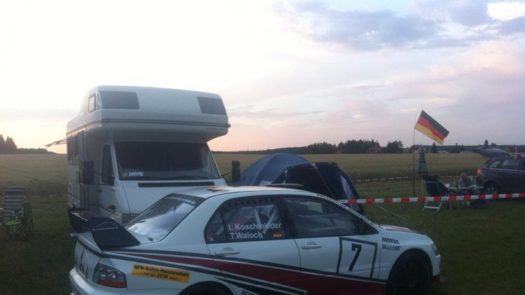 Der letzte Facebook-Post von Ingo K.: «Grabfeld 2014! Abnahme ist durch, die Rallye kann kommen....» (Foto)