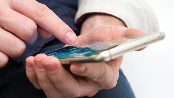 Mit der Authenticator-App können sich Microsoft-Nutzer per Smartphone anmelden. (Foto)